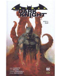 batman-dark-knight-hc-4-001.jpg