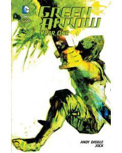 green-arrow-year-one-hc.jpg