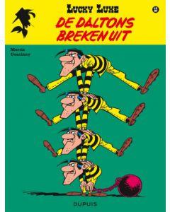 LUCKY LUKE NIEUW LOOK, DEEL 015 : DE DALTONS BREKEN UIT